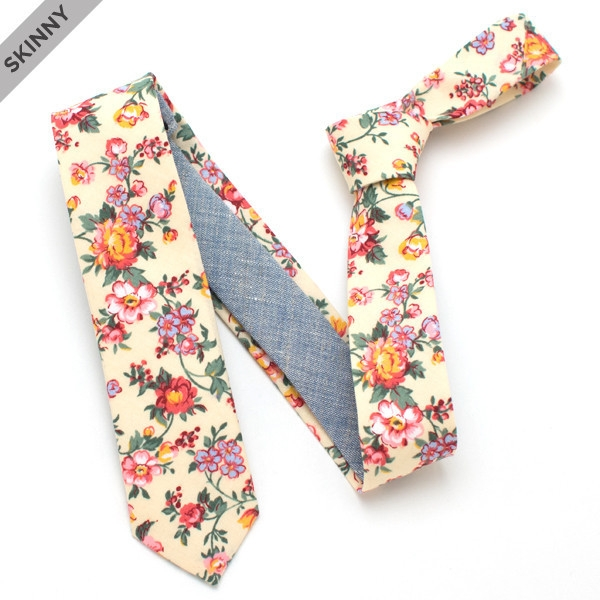 Skinny necktie floral