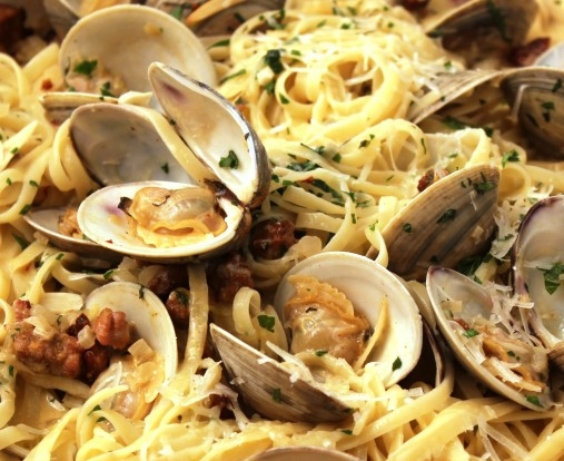 Linguine-With-Clam-Sauce
